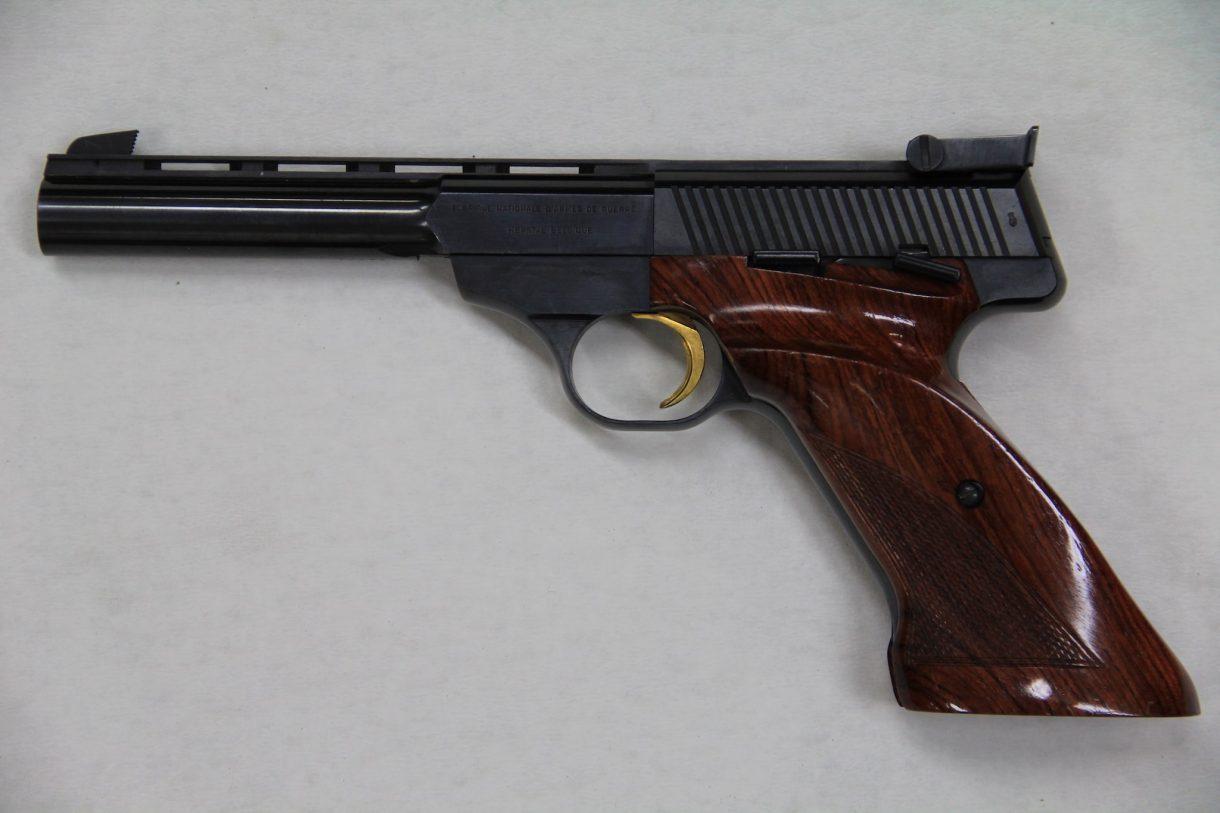 Pistole FN Match 150