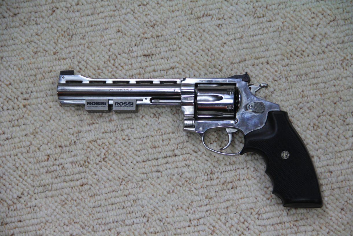 Revolver Rossi 6´´ Stahl